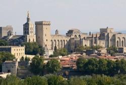 Авиньон – исторический и культурный центр или «город пап»