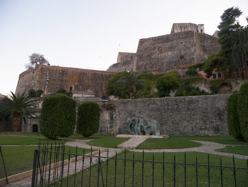 Корфу военная крепость