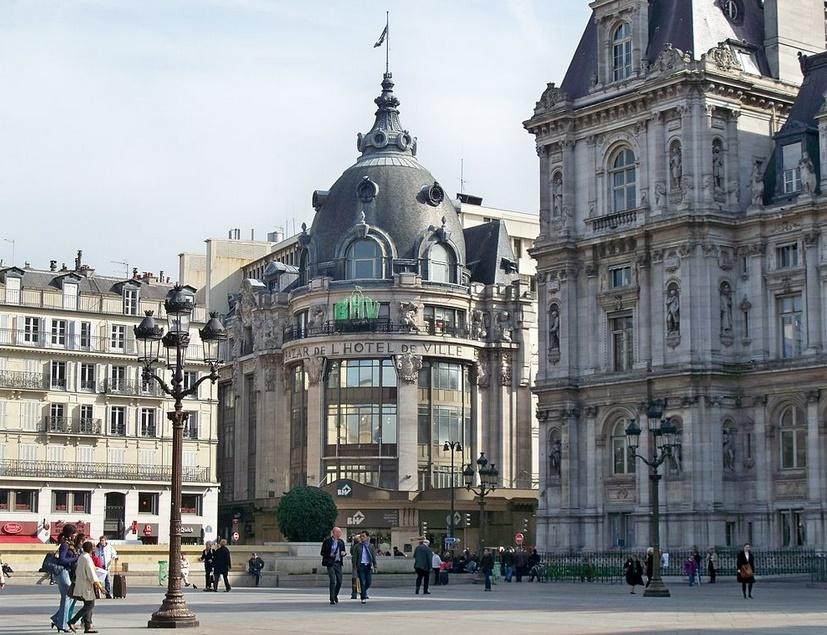 Париж Le Bazar De L'hotel De Ville